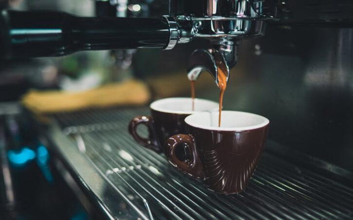 Best Espresso Machine for Frothing Milk