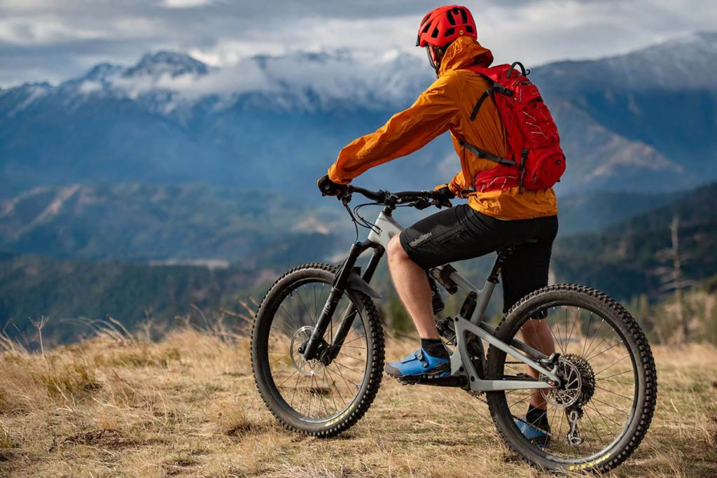 7 Best Camping Equipment to Bring on Your First Bicycle Trip 3