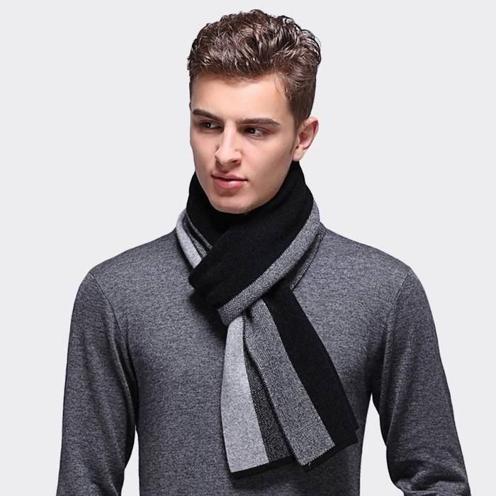 7 Best Men's Cashmere Scarf to Buy in 2021 5