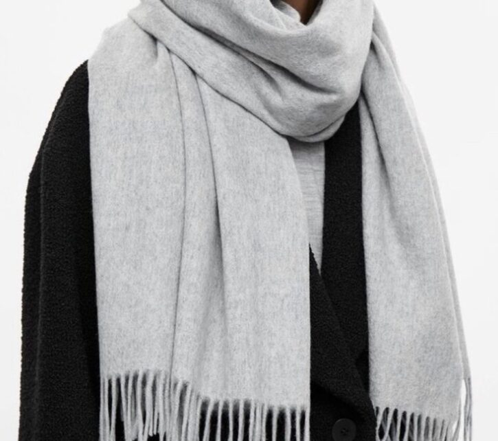 7 Best Men's Cashmere Scarf to Buy in 2021 8